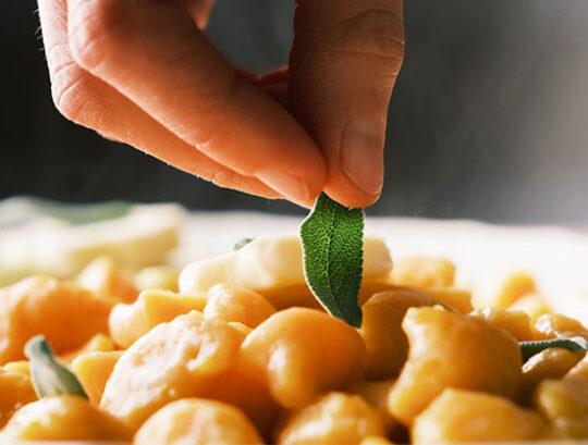pranzo in ufficio cucina da asporto mamma lia sassuolo tradizioni gastronomiche gnocchi